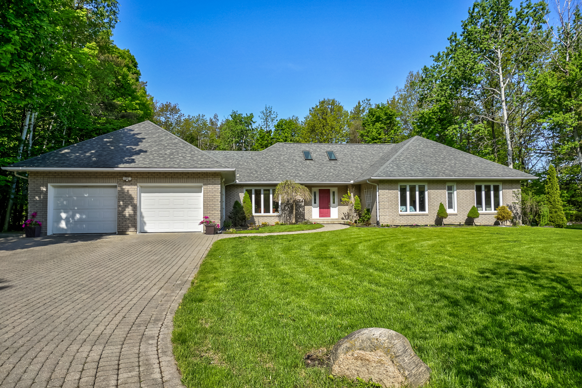 Home for Sale ~ Barrie ~ Innishore ~ 348 Cox Mill Road