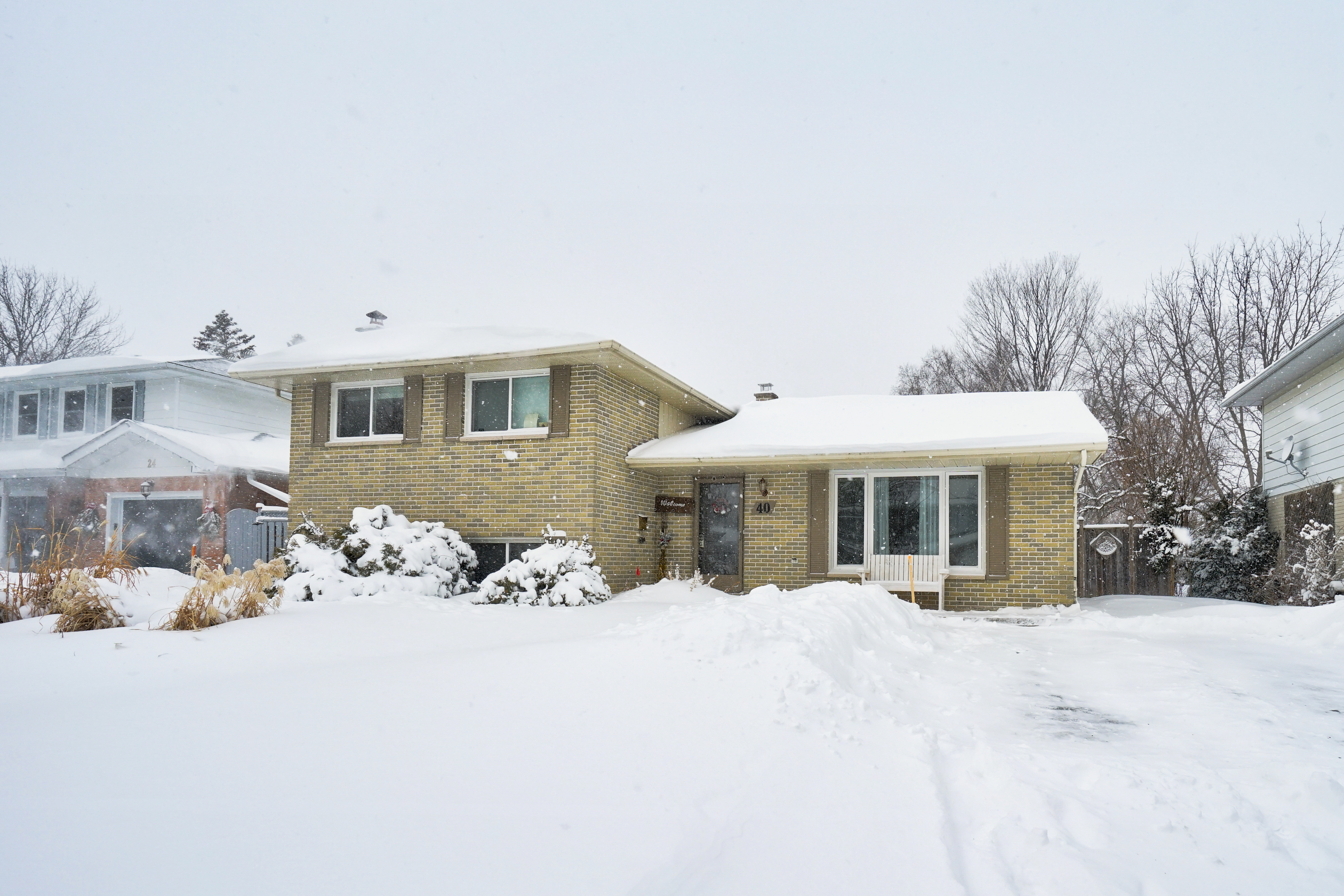 Home for Sale ~ Barrie, ON ~ East end with Inground Pool
